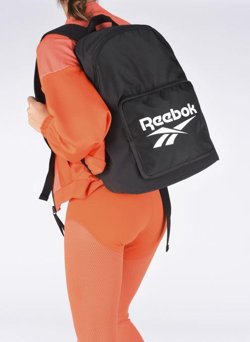 Rucksäcke Reebok Cl Fo Backpack schwarz ansicht von unten / tasche getragen