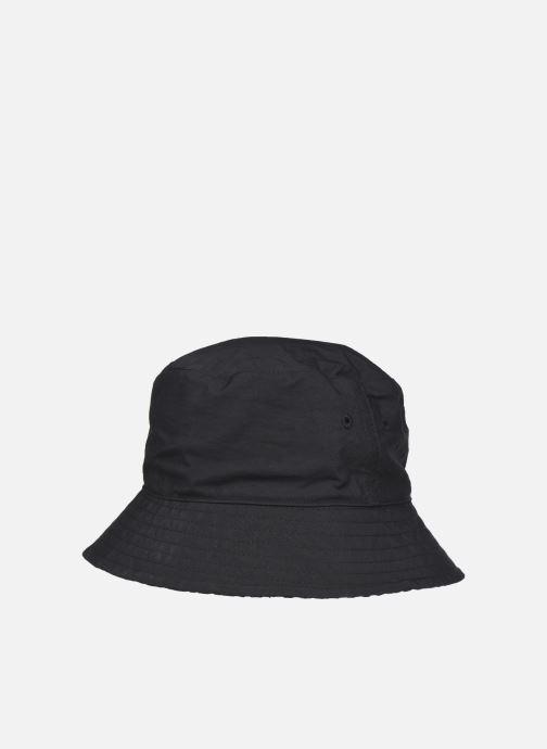 Cappello Reebok Cl Sup Rever Bucket Nero modello indossato