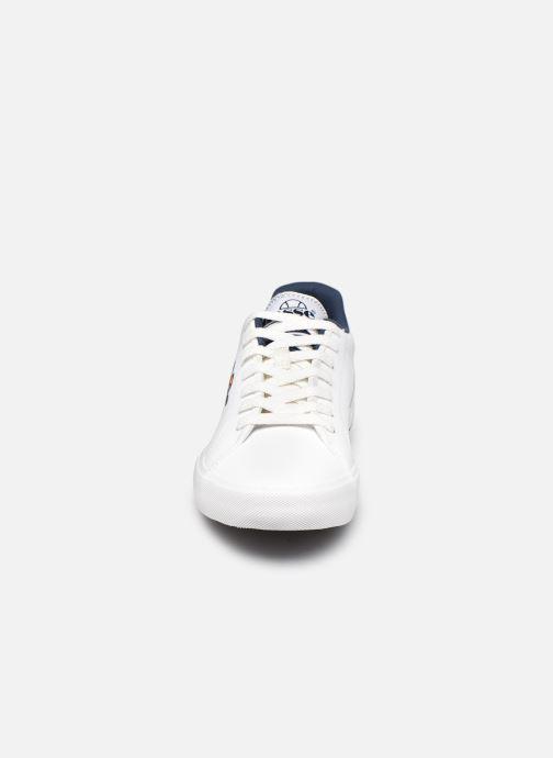 Sneakers Ellesse Taggia Lthr Bianco modello indossato