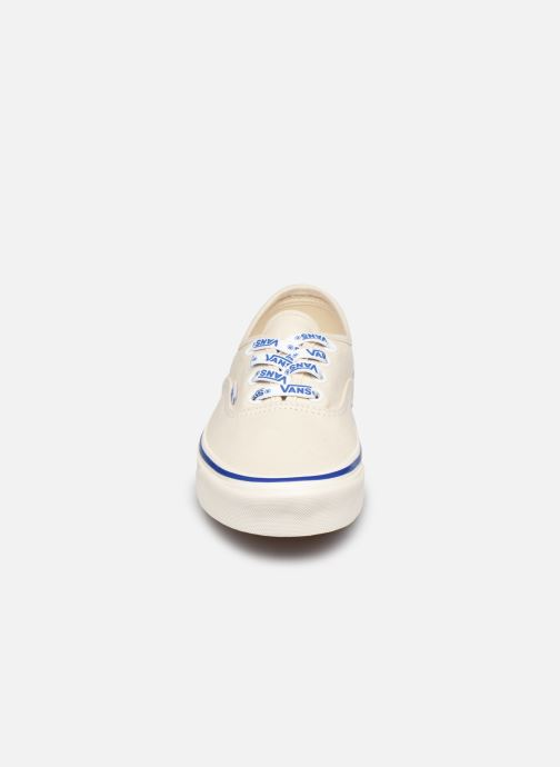 Sneaker Vans Authentic 44 DX W weiß schuhe getragen