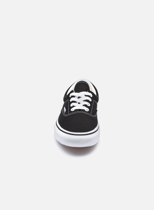 Baskets Vans UA Era W Noir vue portées chaussures