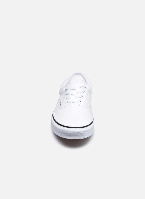 Baskets Vans UA Era W Blanc vue portées chaussures