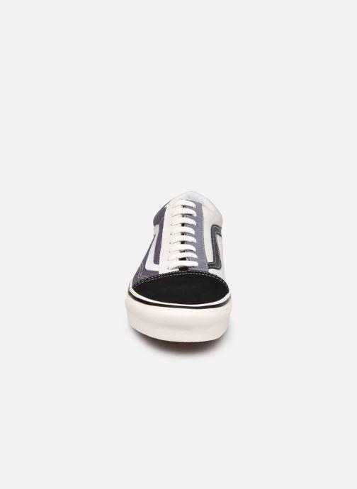Sneaker Vans UA Old Skool 36 DX grau schuhe getragen