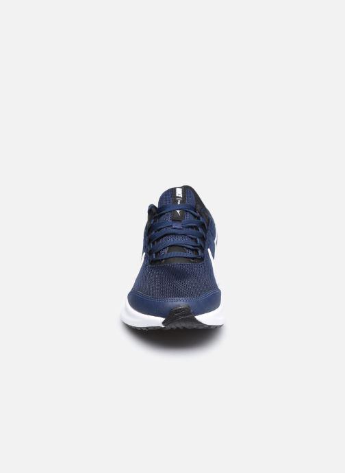 Chaussures de sport Nike Nike Runallday 2 Bleu vue portées chaussures