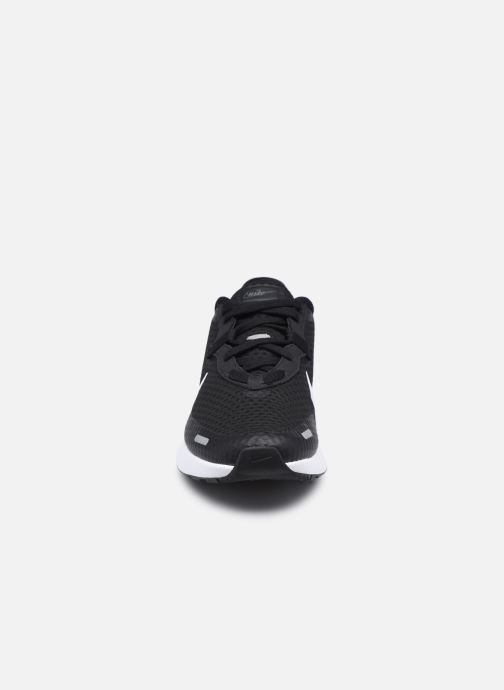 Scarpe sportive Nike Nike Reposto Nero modello indossato