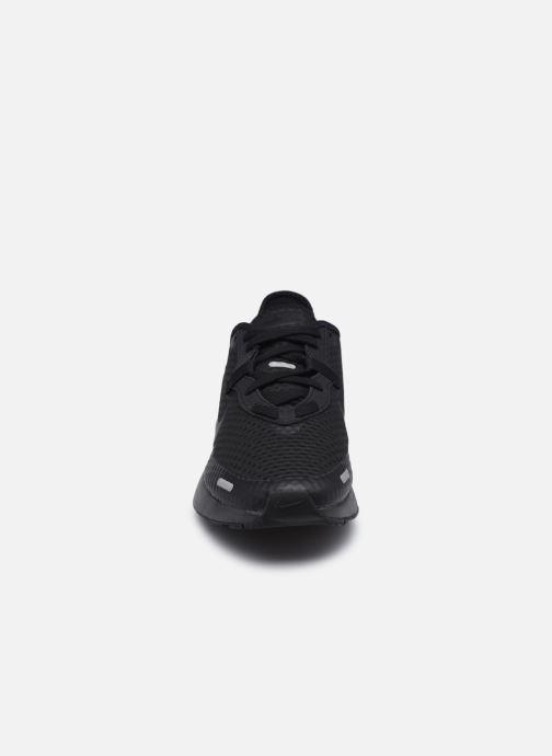 Chaussures de sport Nike Nike Reposto Noir vue portées chaussures