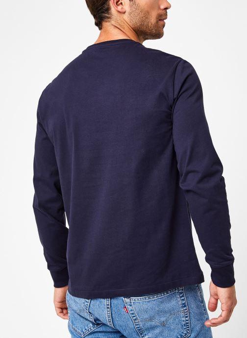 Vêtements Polo Ralph Lauren Tee-Shirt ML Pony Bleu vue portées chaussures