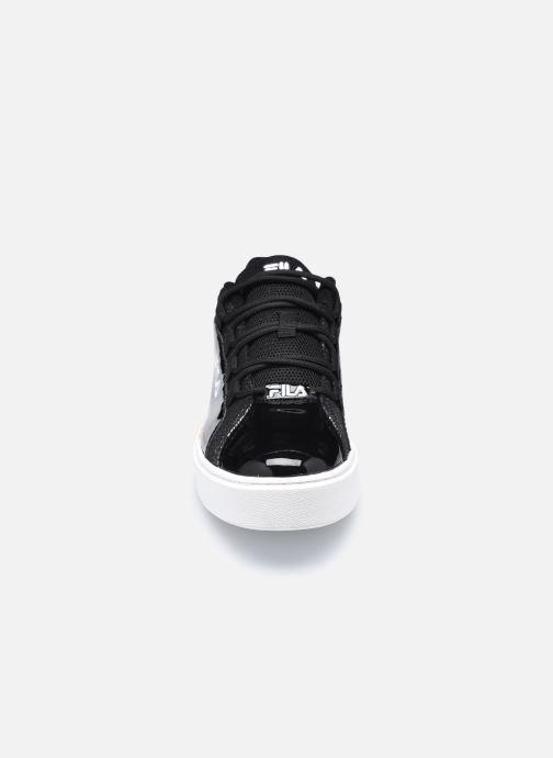 Sneaker FILA Overstate x Aversario F Low W schwarz schuhe getragen