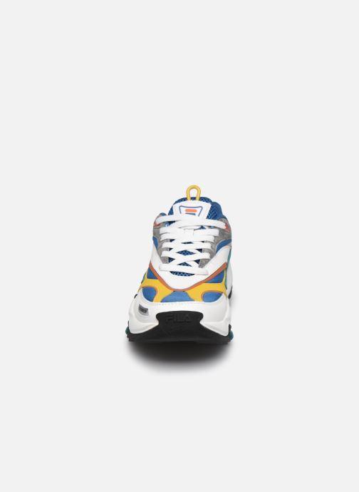 Sneaker FILA V94M Rush CB blau schuhe getragen