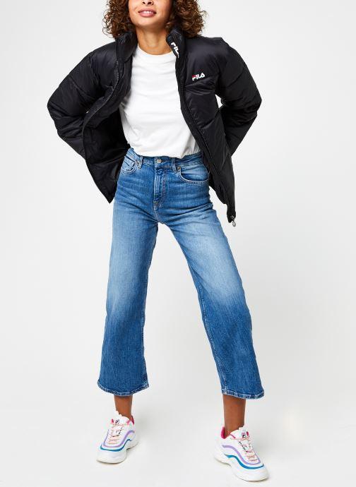 Vêtements FILA Sussi Puff Jacket Noir vue bas / vue portée sac