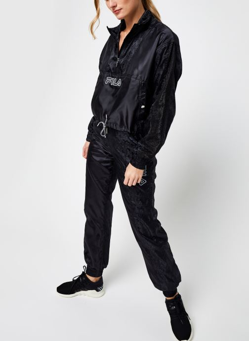 Vêtements FILA Tamara Woven Pants High Waist Noir vue bas / vue portée sac