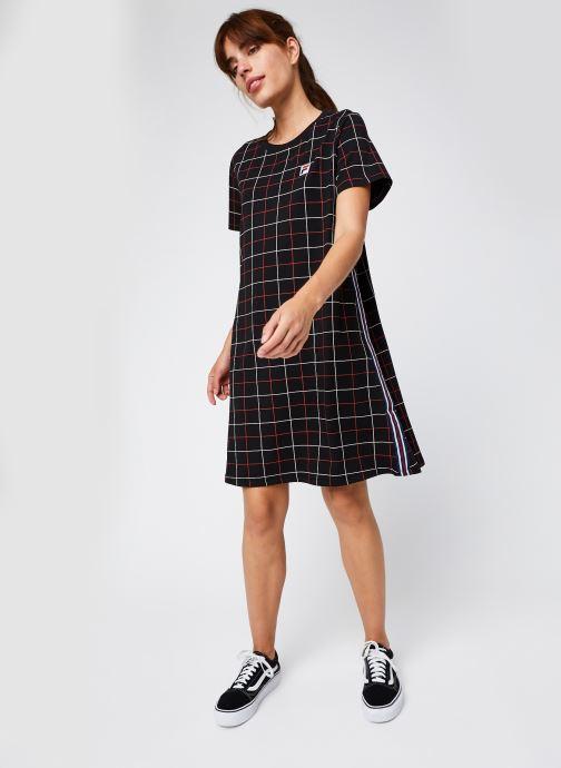 Vêtements FILA Winona AOP Tee Dress Noir vue bas / vue portée sac