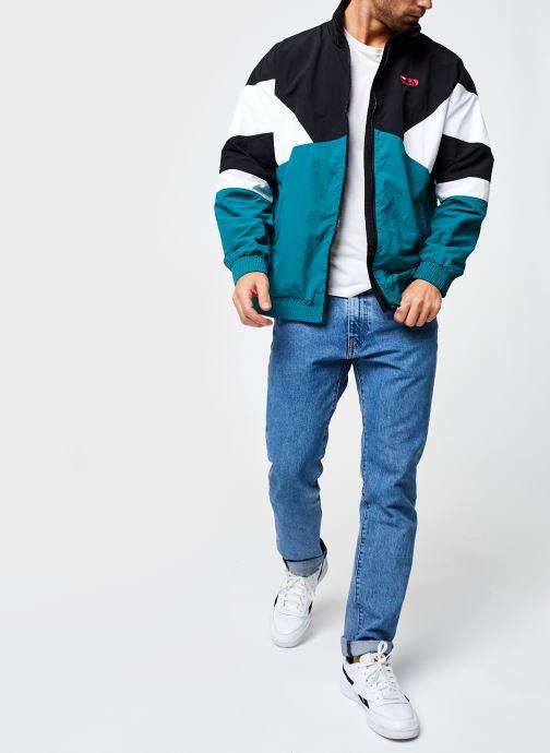 Vêtements FILA Balint Woven Jacket Noir vue bas / vue portée sac