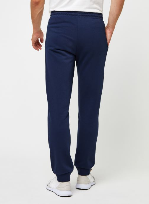Vêtements FILA Wilmet Sweat Pants Bleu vue portées chaussures
