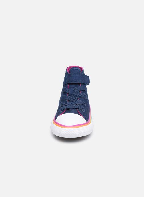 Sneaker Converse Chuck Taylor All Star 1V Canvas Multi-Stripe Hi blau schuhe getragen
