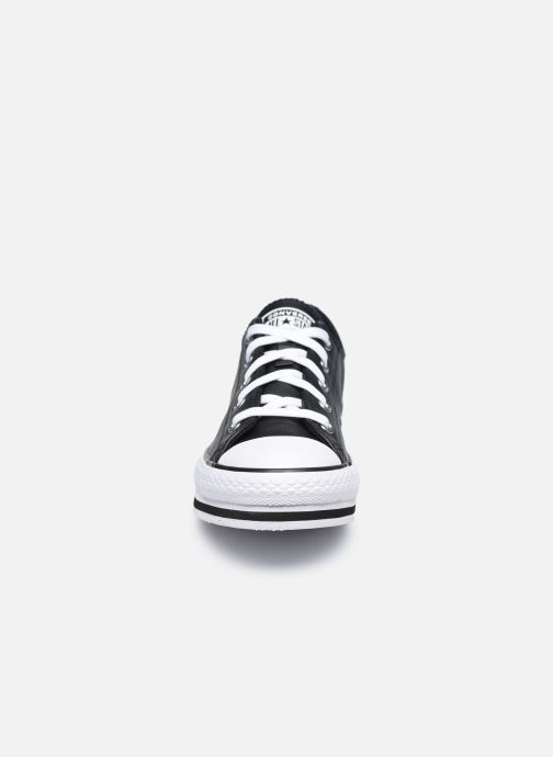 Baskets Converse Chuck Taylor All Star Platform EVA Leather Ox Noir vue portées chaussures