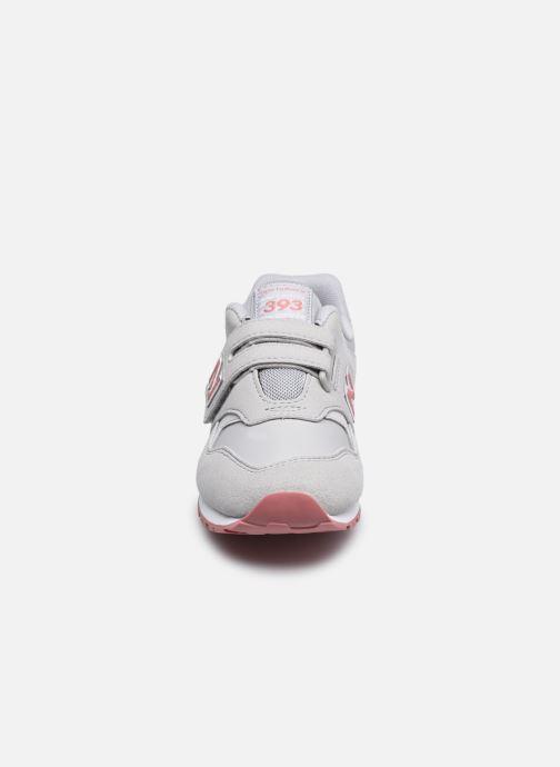 Sneakers New Balance KV393 Grigio modello indossato