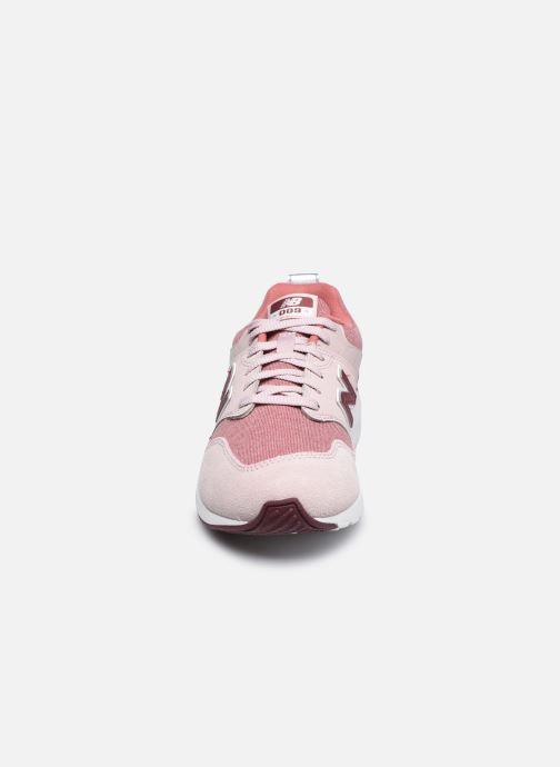 Sneaker New Balance YS009 rosa schuhe getragen