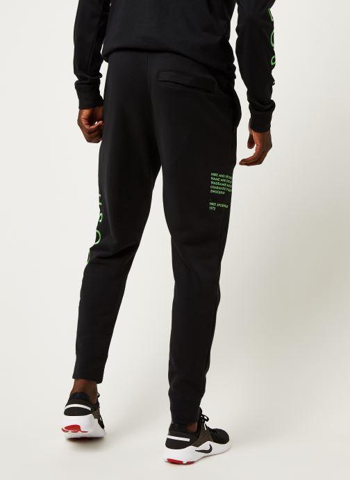 Vêtements Nike M Nsw Swoosh Pant Sbb Noir vue portées chaussures