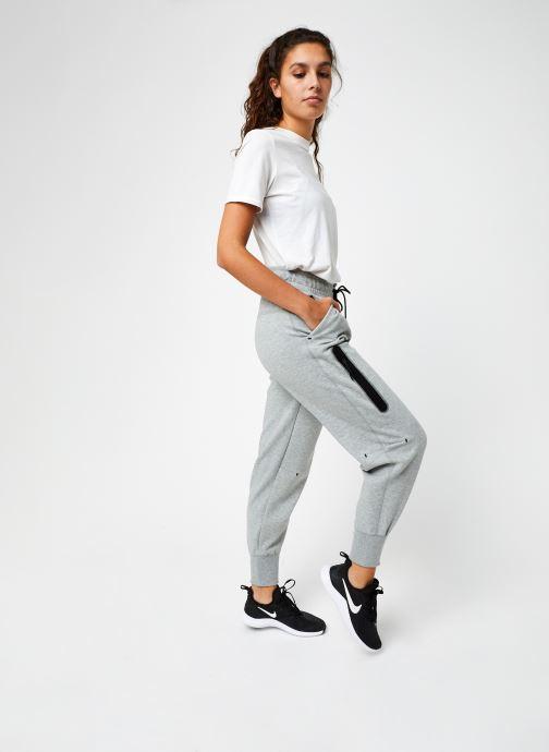 Vêtements Nike W Nsw Tch Flc Pant Hr Gris vue bas / vue portée sac