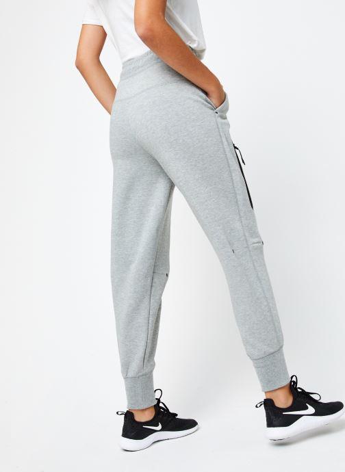 Vêtements Nike W Nsw Tch Flc Pant Hr Gris vue portées chaussures