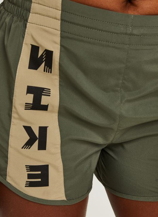 Vêtements Nike W Nk Icnclsh Tempo Lx Short Vert vue face