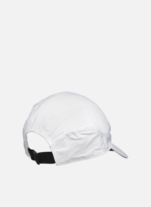 Cappellino Nike U Nsw Tlwd Cap Nike Air Bianco modello indossato