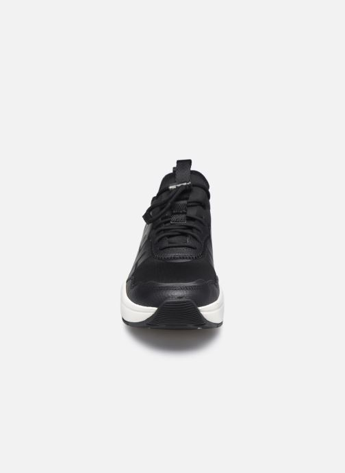 Sneaker UGG LA Daze schwarz schuhe getragen
