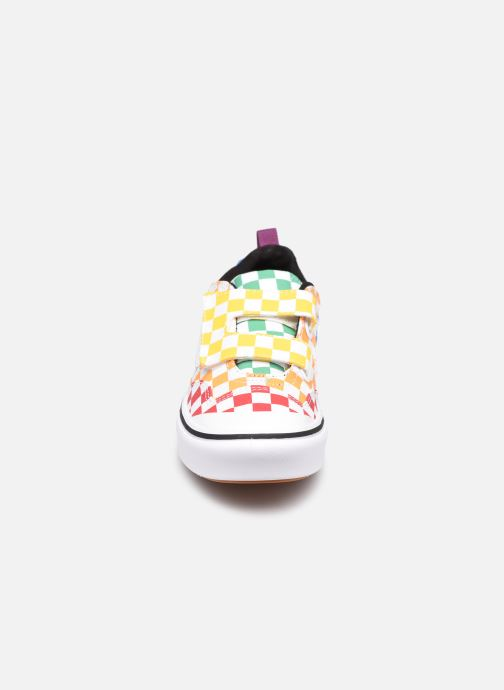 Deportivas Vans UY Comfycush New skool V Multicolor vista del modelo