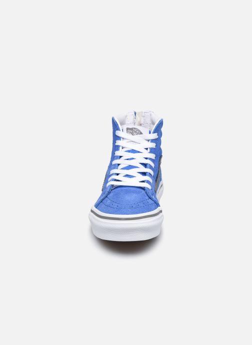 Baskets Vans UY SK8-Hi Zip Bleu vue portées chaussures