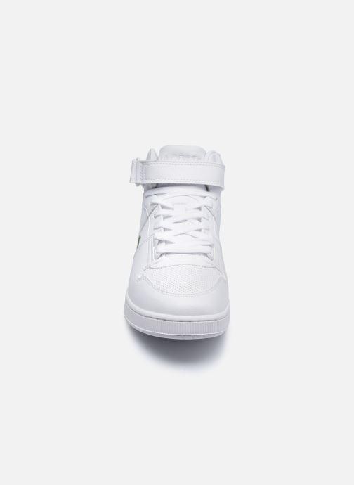 Sneaker Lacoste TRAMLINE MID 0120-1 weiß schuhe getragen