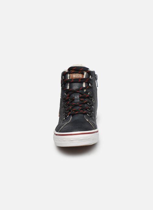 Baskets Mustang shoes 5056602 Bleu vue portées chaussures