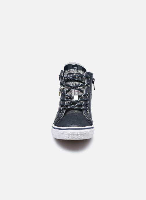 Baskets Mustang shoes 5056603 Bleu vue portées chaussures