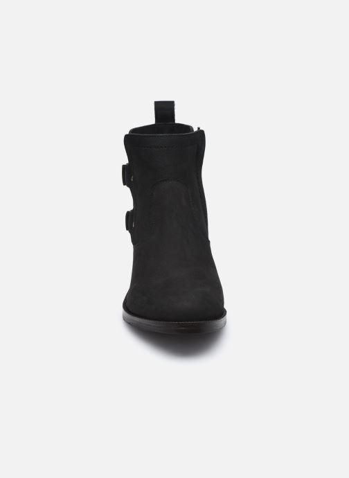 Bottines et boots Kickers KICKAMARGO Noir vue portées chaussures