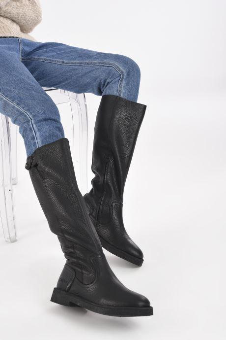 Stiefel Kickers K.WINCH schwarz ansicht von unten / tasche getragen
