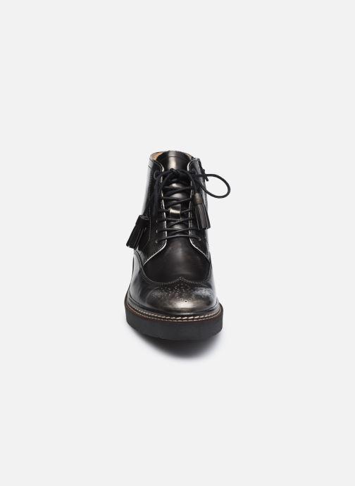 Botines  Kickers OXANYHIGH Negro vista del modelo