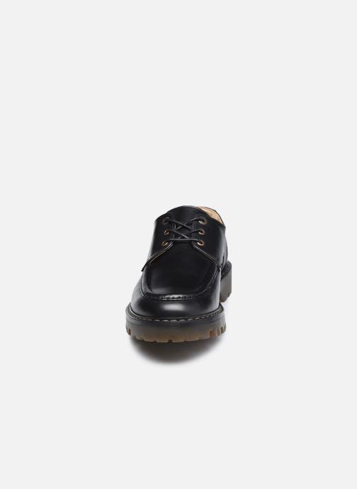 Zapatos con cordones Kickers DECKLOW Negro vista del modelo