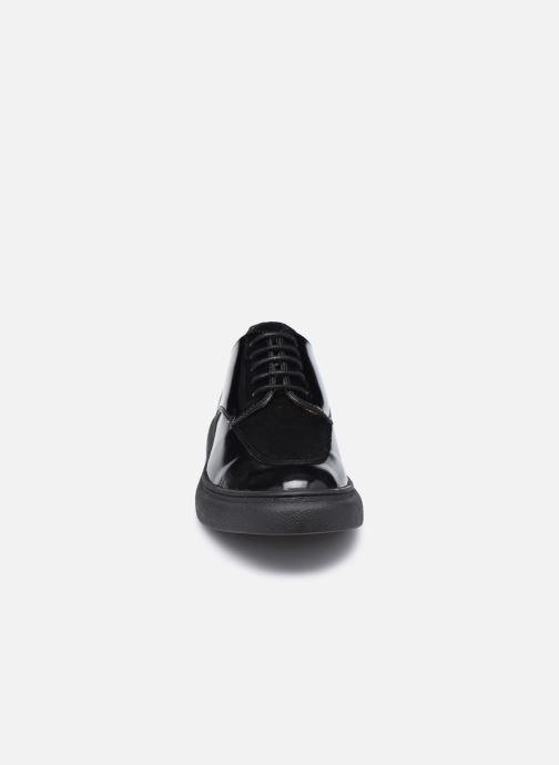 Zapatos con cordones Kickers ORIGAMANIA Negro vista del modelo