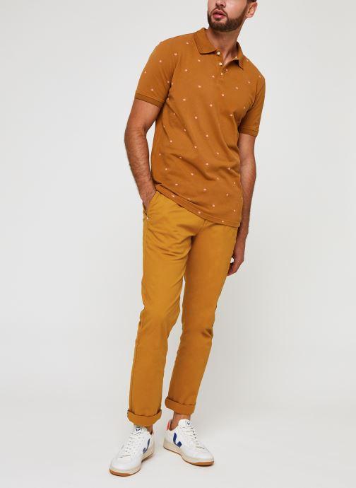 Vêtements Scotch & Soda Stuart Peached Twill Chino With Give Away Belt Jaune vue bas / vue portée sac