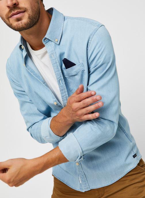 Vêtements Scotch & Soda Ams Blauw 1 Pocket Organic Denim Shirt With Patterned Pochet Bleu vue détail/paire