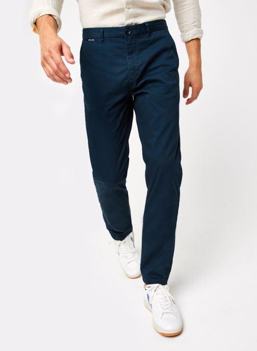 Vêtements Scotch & Soda Stuart - Classic Twill Chino With Stretch Bleu vue détail/paire