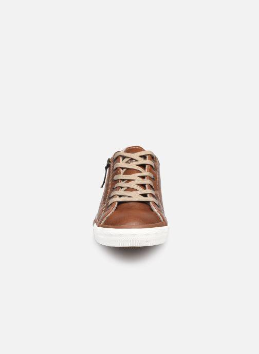 Baskets Mustang shoes Aplux Marron vue portées chaussures