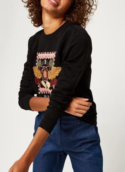 Vêtements Scotch & Soda Crewneck sweat with embroidered artwork Noir vue détail/paire
