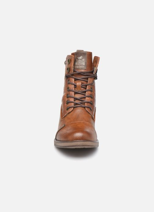 Bottines et boots Mustang shoes Assya Marron vue portées chaussures