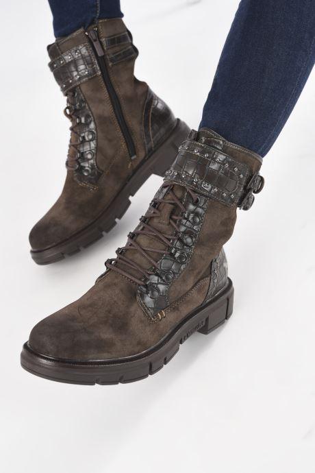 Stiefeletten & Boots Mustang shoes Théa braun ansicht von unten / tasche getragen