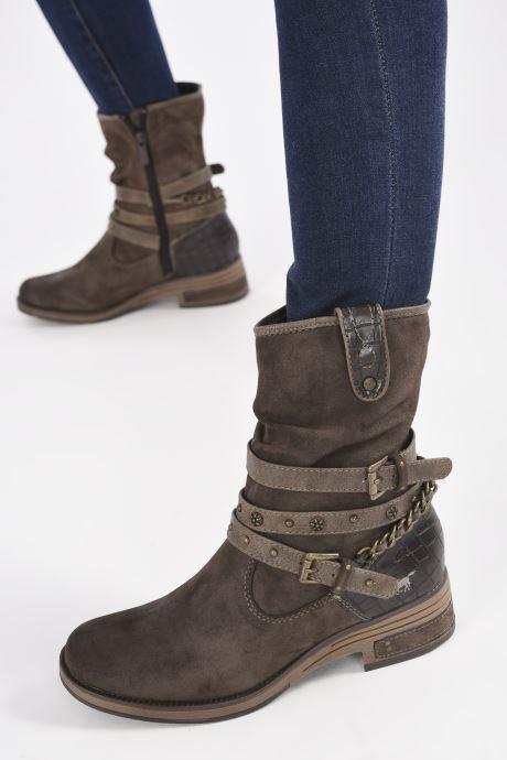 Bottines et boots Mustang shoes Rexi Marron vue bas / vue portée sac