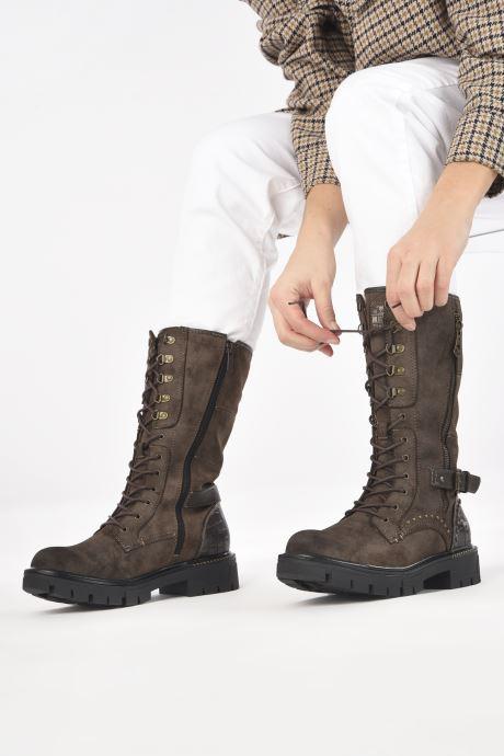 Stiefel Mustang shoes Serfi braun ansicht von unten / tasche getragen