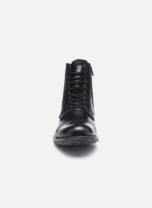 Bottines et boots Mustang shoes Orino Noir vue portées chaussures