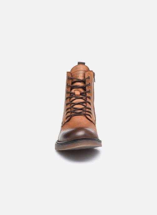 Bottines et boots Mustang shoes Sedry Marron vue portées chaussures