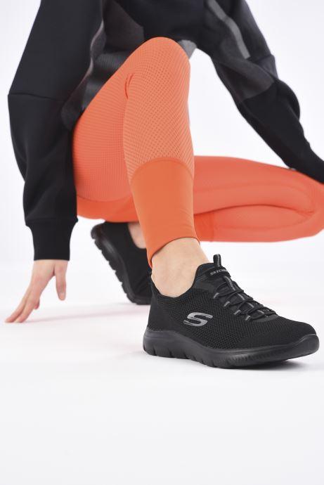 Sportschuhe Skechers SUMMITS COOL CLASSIC W schwarz ansicht von unten / tasche getragen